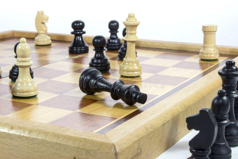 Estrategia empresarial blanco y negro del juego de ajedrez imagen de archivo libre de regalías