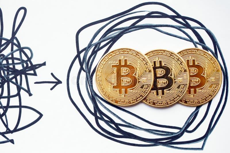 Estrategias complejas y soluciones obvias Bitcoin permite para que toda la gente invierta la descentralización ganará abajo fotografía de archivo