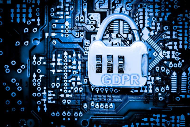 Estratto, fine su del fondo del computer elettronico di mainboard GDPR, regolamento generale di protezione dei dati fotografie stock libere da diritti