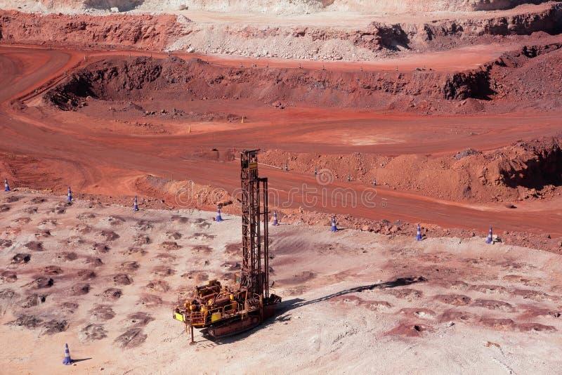 Estrazione mineraria del minerale di ferro fotografie stock