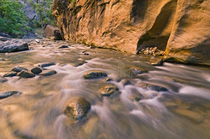 Estrechos del río de la Virgen fotos de archivo