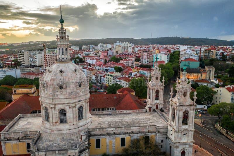 Estrela bazylika Lapa, katedralny basil kościelny Portugalia Lisbon, Europa Stara architektura, lotniczy widok, lato zdjęcie stock