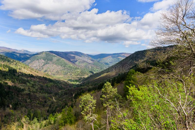 Estrela DA serra βουνών στην Πορτογαλία στοκ φωτογραφία με δικαίωμα ελεύθερης χρήσης