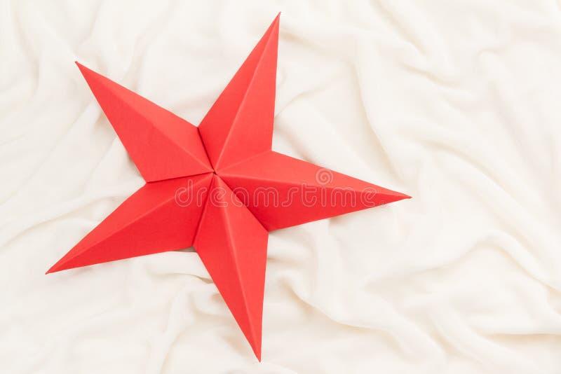 Estrela vermelha do Natal do origâmi fotos de stock