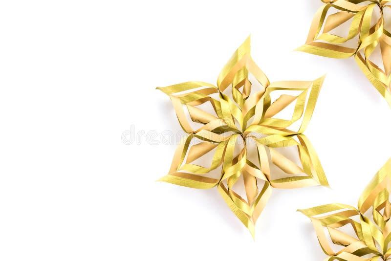 Estrelas e decoração do Natal isolada no fundo branco han imagens de stock royalty free