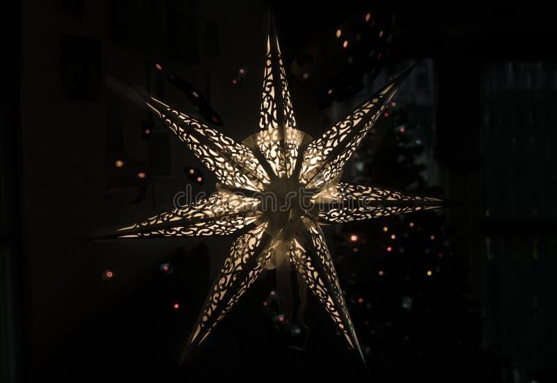 Estrelas e luzes - Feliz Natal imagem de stock
