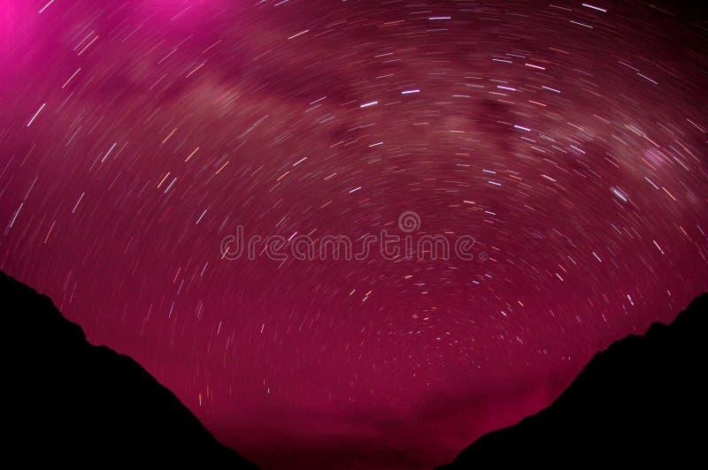 Estrelas nas montanhas fotografia de stock