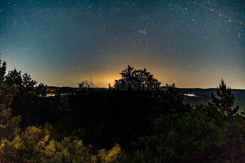 Estrelas no céu imagens de stock