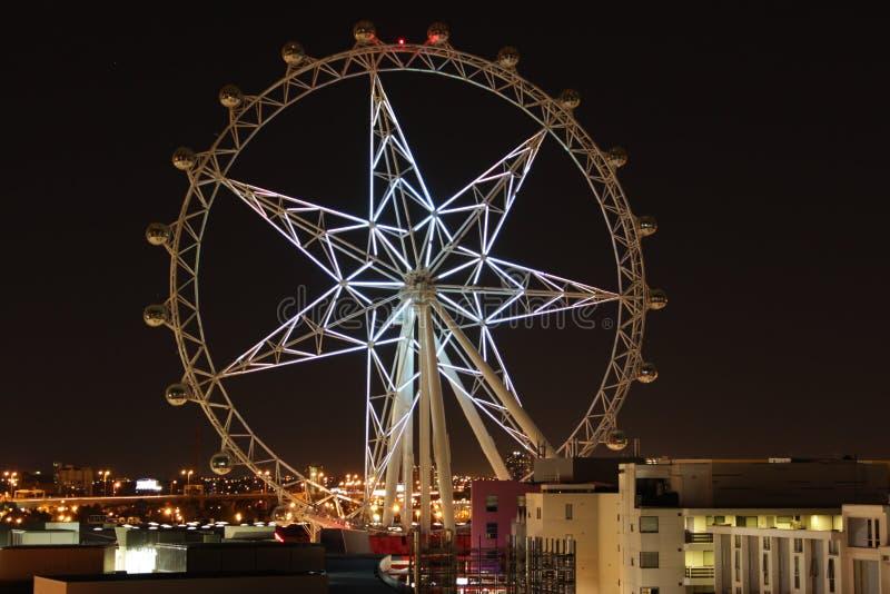 Estrella blanca brillante de Melbourne en oscuridad de la echada fotografía de archivo