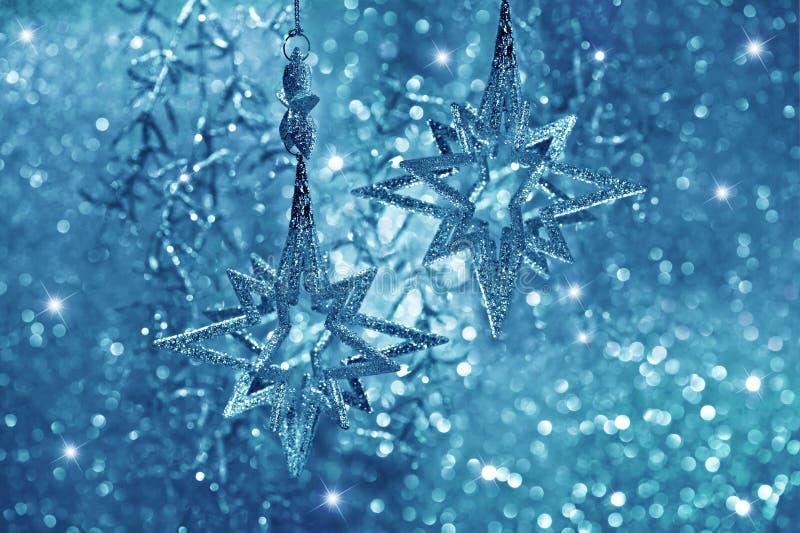 Estrellas brillantes. decoración de la Navidad fotografía de archivo libre de regalías