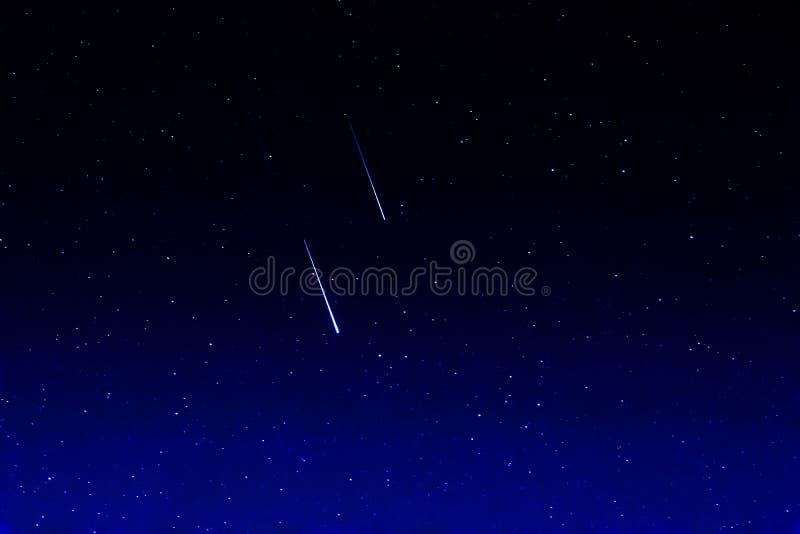 Estrellas el caer, Perseids fotografía de archivo