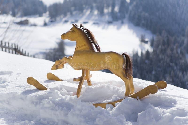 Estrellazo a través de la nieve imágenes de archivo libres de regalías