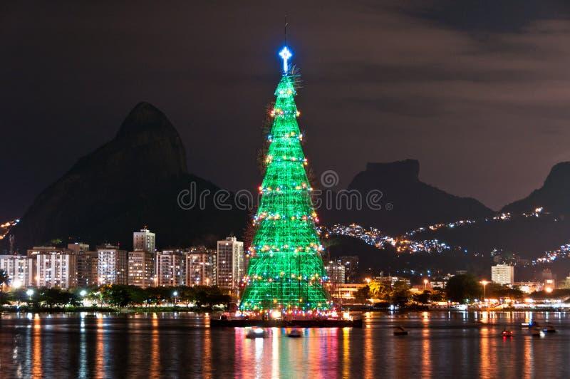 Estructura arborescente de árbol de navidad en Rio de Janeiro fotografía de archivo libre de regalías