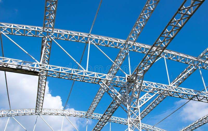 Estructura Blanca De Los Materiales Para La Construcción Y El Cielo ...