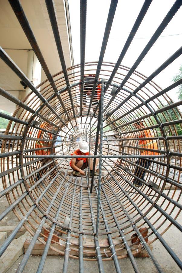 Estrutura chinesa da construção do trabalhador imagens de stock royalty free
