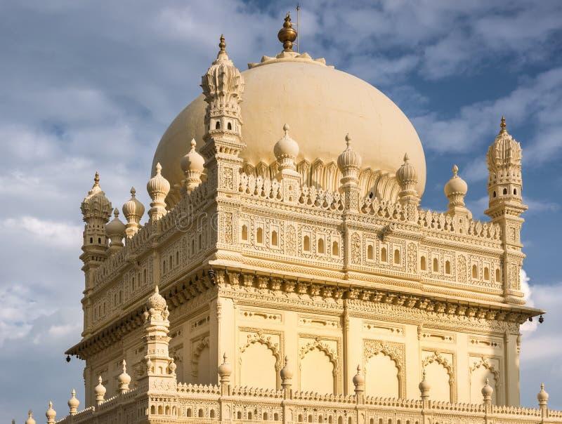 Estrutura superior Tipu Sultan Mausoleum, Mysore, Índia fotos de stock