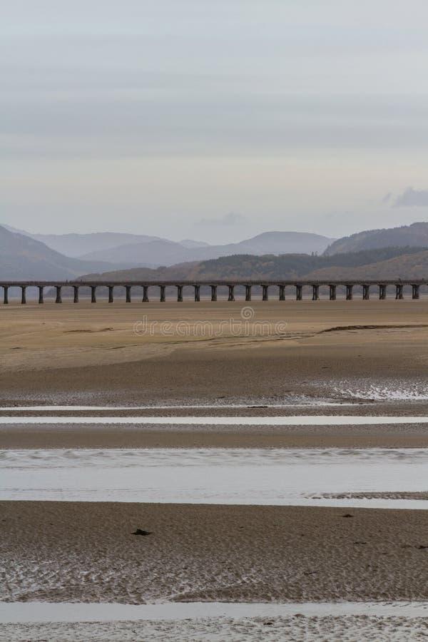 Download Estuaire Et Viaduc De Mawddach Photo stock - Image du extérieur, plage: 77162280