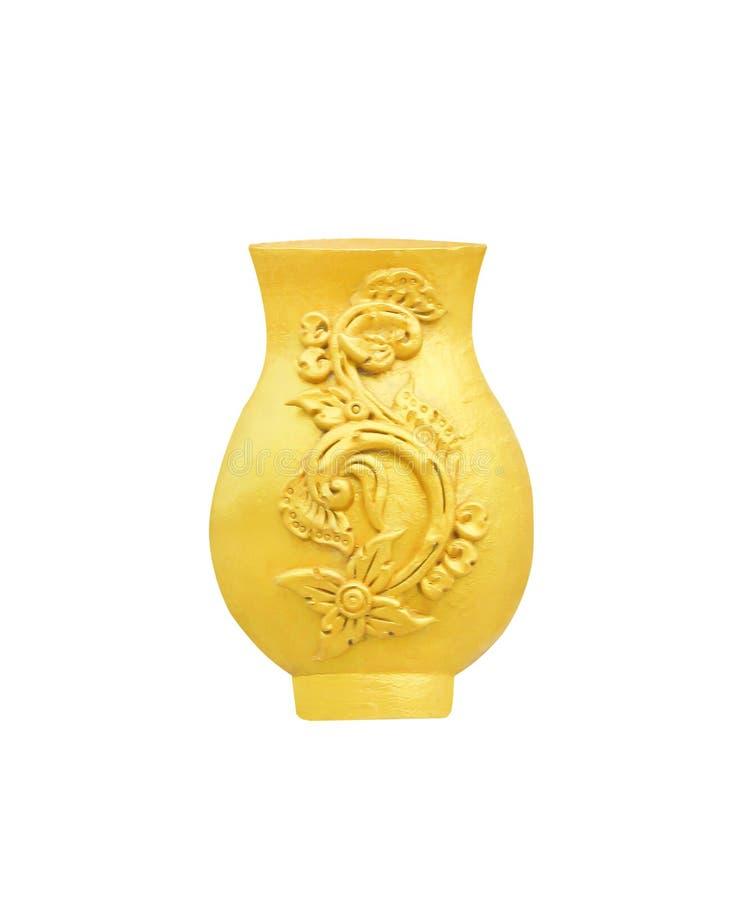 Estuco del florero del oro con los estampados de plores en templo en el fondo blanco con la trayectoria de recortes foto de archivo