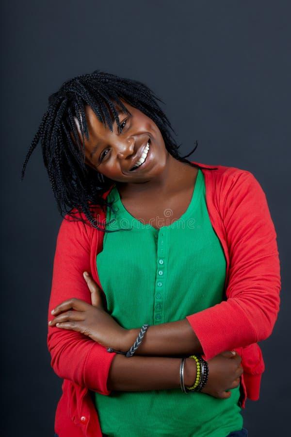 Estudante africano de sorriso foto de stock