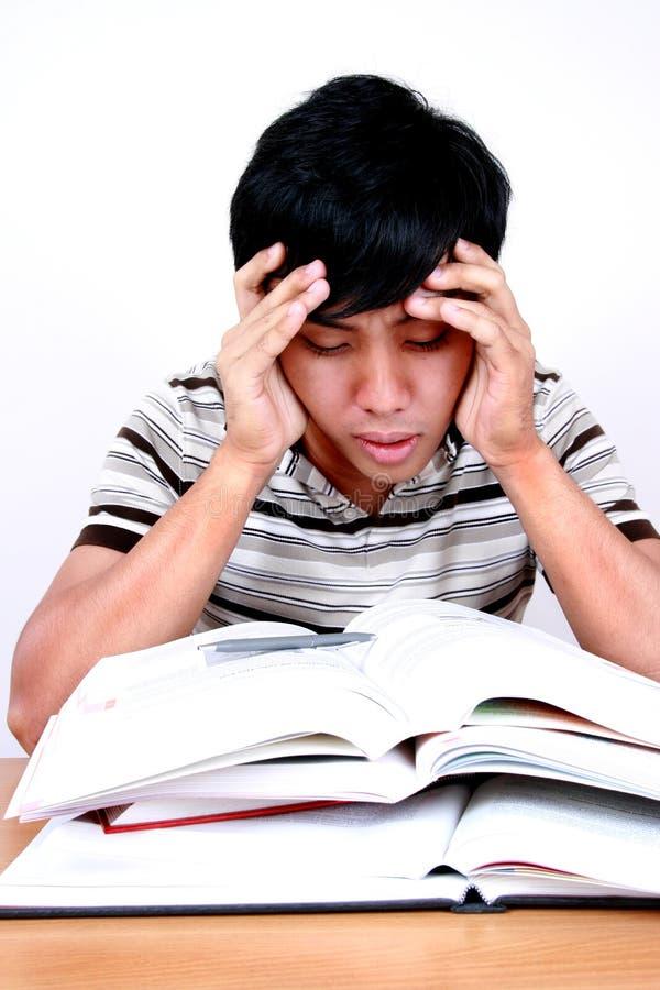Estudante asiático novo forçado. fotografia de stock royalty free