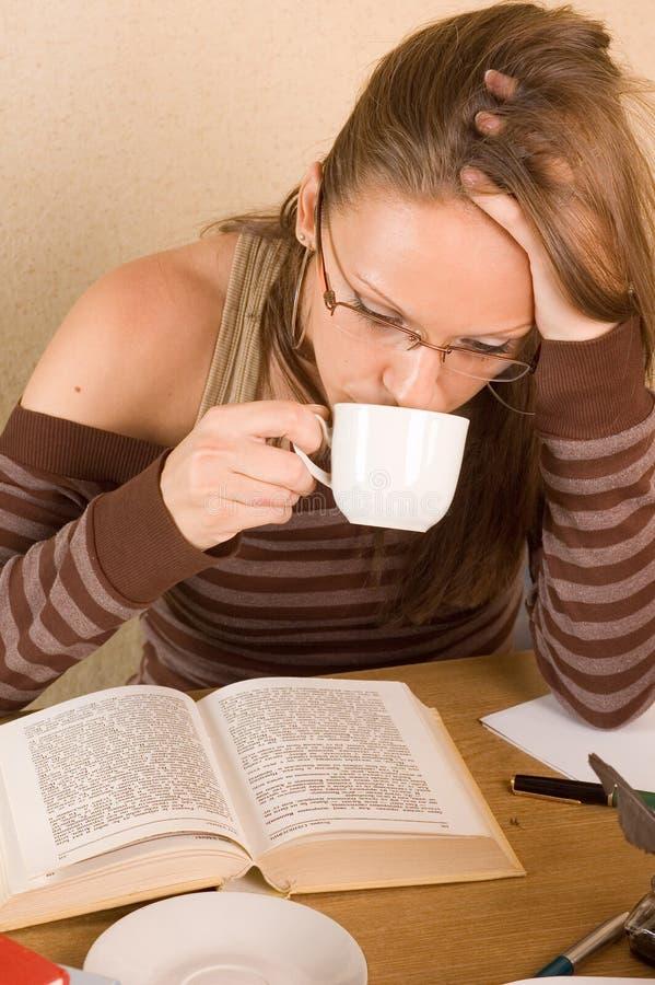 Estudante com livros imagem de stock royalty free