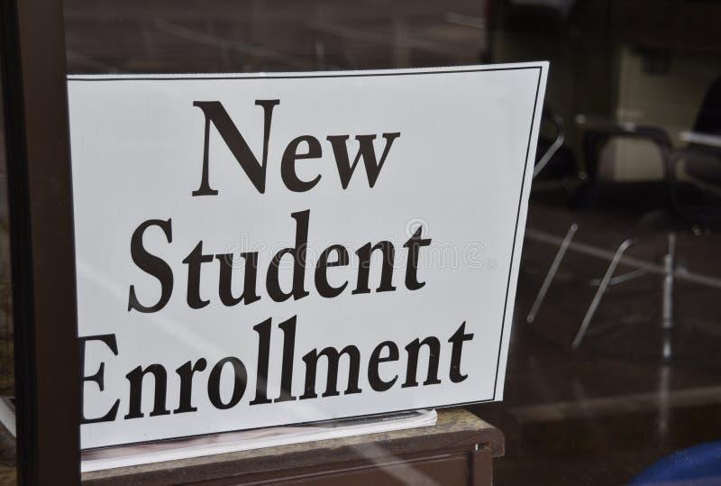 Estudante Enrollment Center imagens de stock royalty free