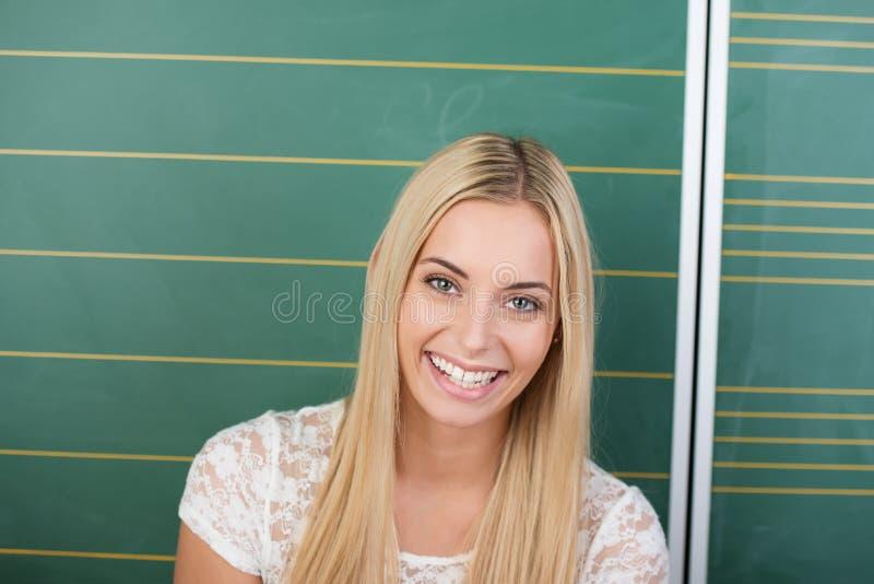 Estudante fêmea ou professor vivo de riso fotos de stock