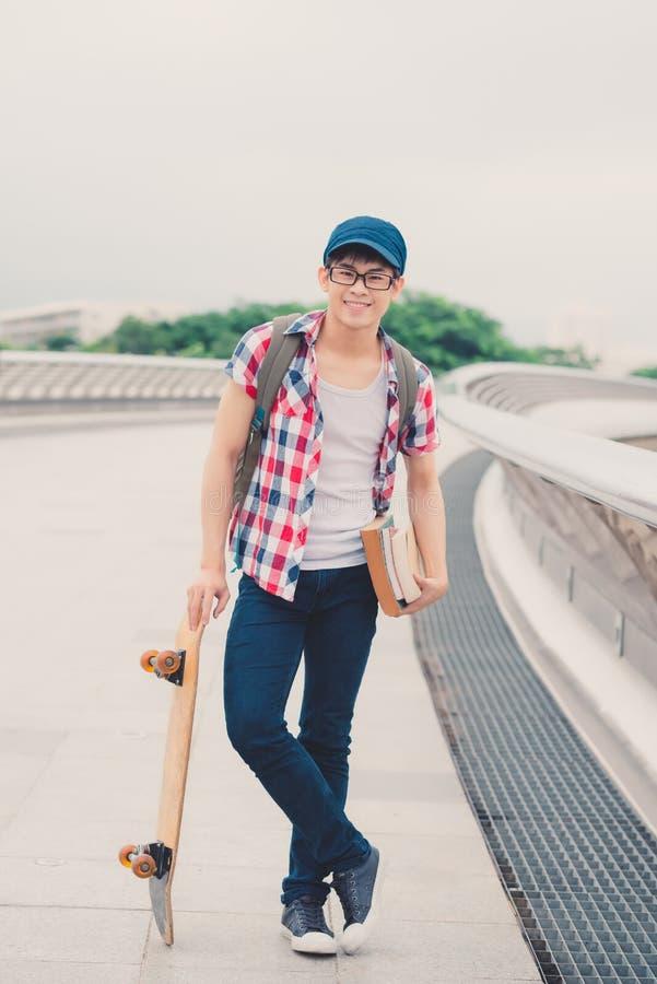Estudante masculino asiático fotos de stock