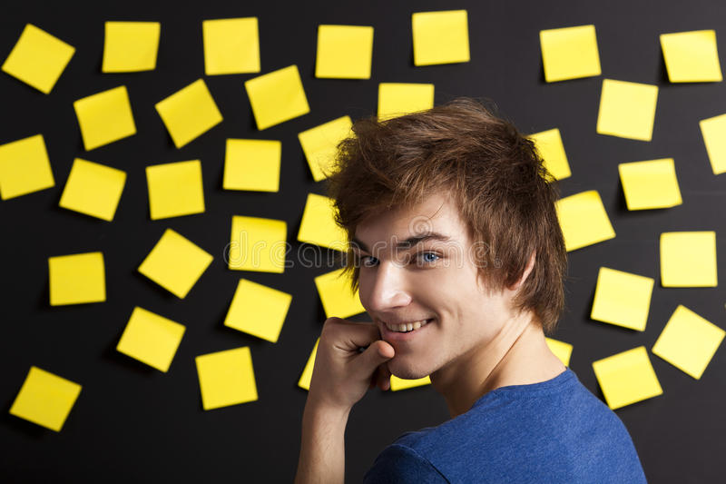 Download Estudante feliz imagem de stock. Imagem de olhar, caucasiano - 29846383