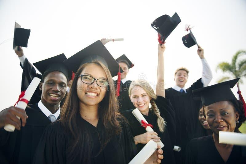 Estudante School College Concept da realização da graduação foto de stock