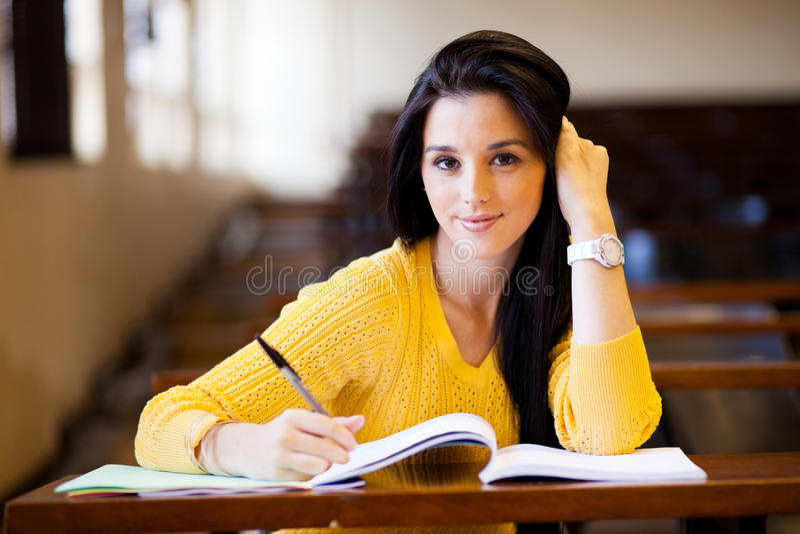 Estudante universitário fêmea foto de stock royalty free