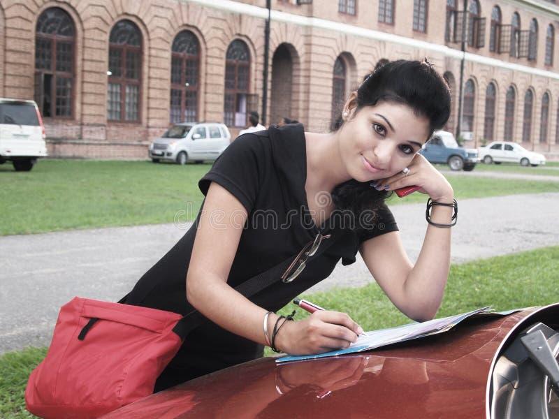 Estudante universitário indiano. fotos de stock royalty free