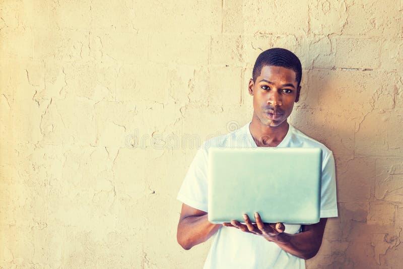 Estudante universitário masculina afro-americano nova Studying em New York foto de stock