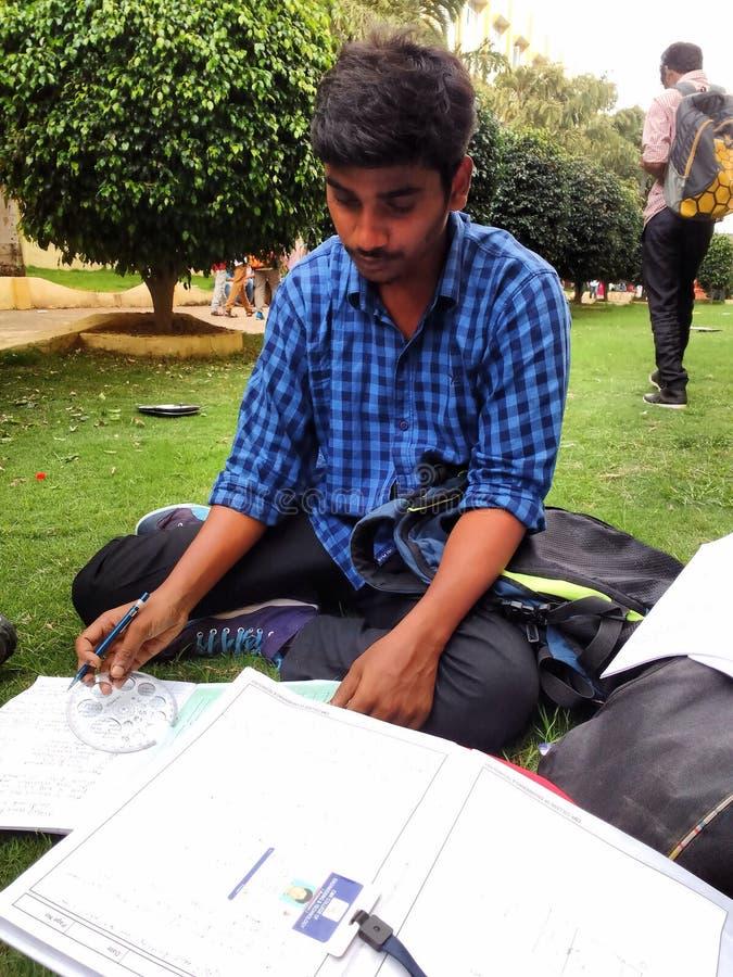 Estudiante de la ingeniería imágenes de archivo libres de regalías