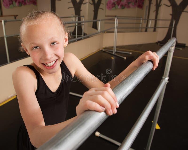 Estudiante sonriente del ballet foto de archivo