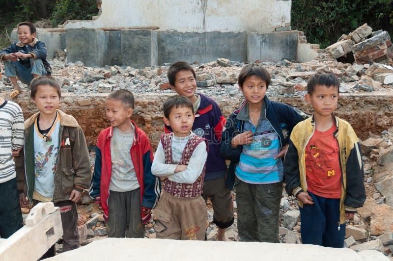 Estudiantes chinos de la escuela primaria imagen de archivo