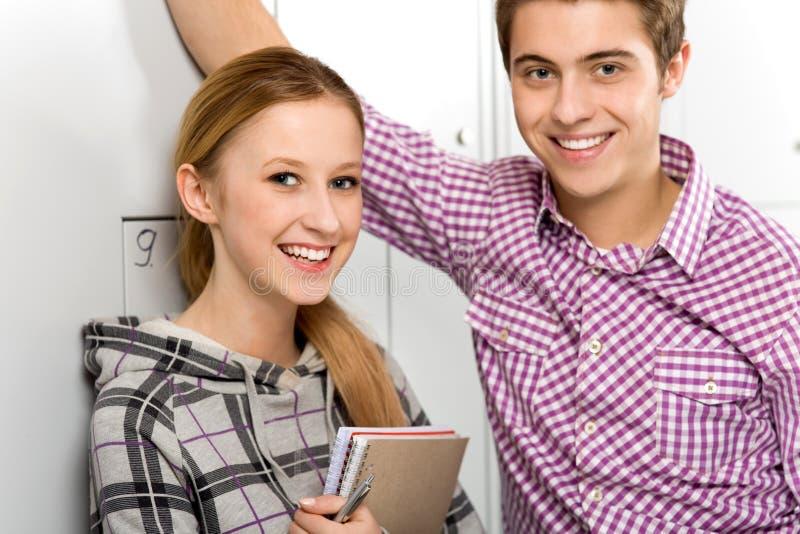 Estudiantes de School Lockers imagen de archivo