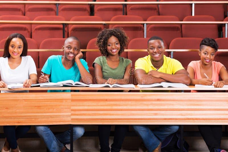 Estudiantes del africano del grupo imagen de archivo libre de regalías