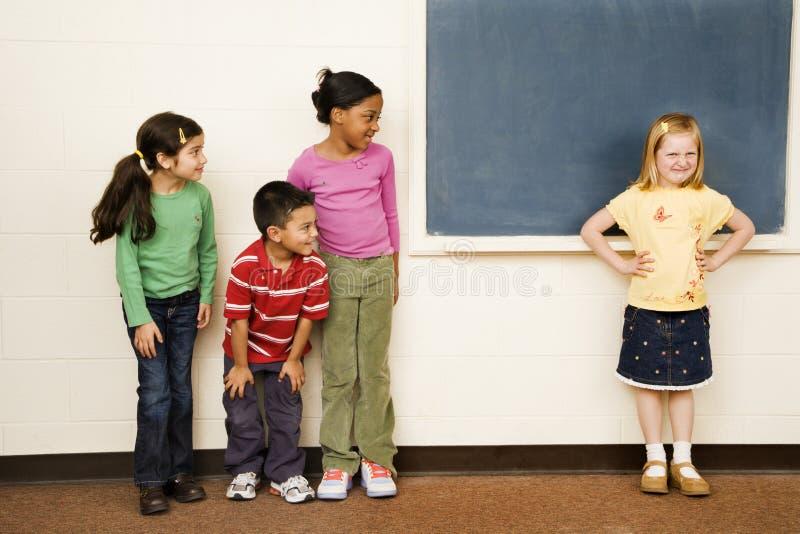 Estudiantes en sala de clase fotografía de archivo