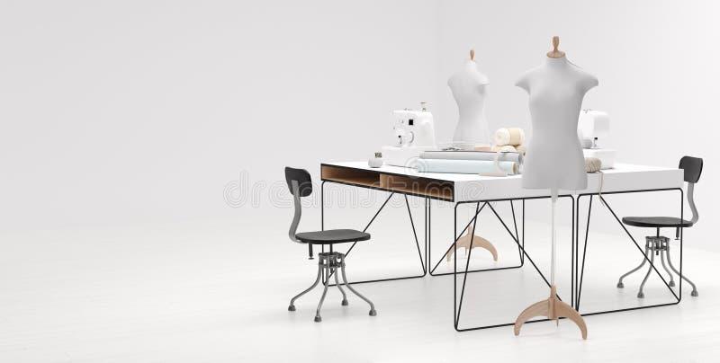 Estudio brillante del taller con los diversos artículos, telas y colocación de costura de los maniquíes foto de archivo