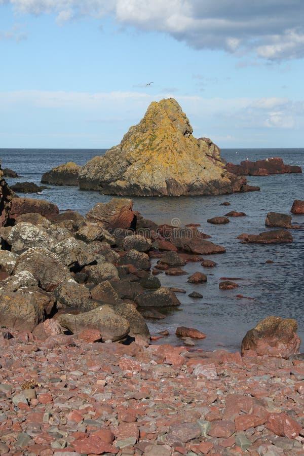 Estudio de la roca y de formaciones minerales, Northumberland y fronteras escocesas imágenes de archivo libres de regalías