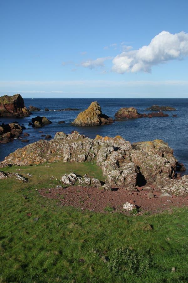 Estudio de la roca y de formaciones minerales, Northumberland y fronteras escocesas imagen de archivo