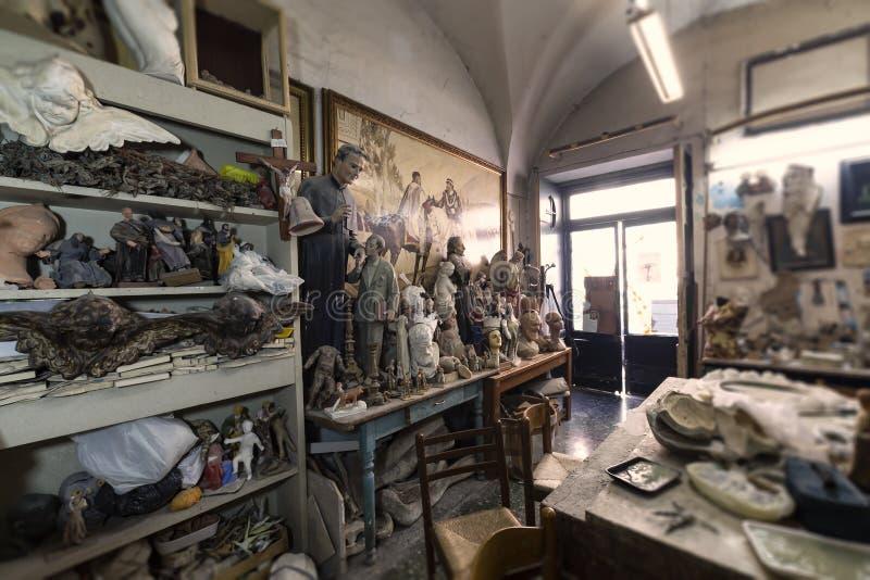 Estudio, esculturas y estatuas del artista libre illustration
