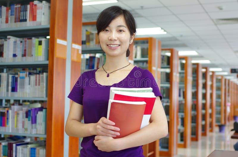 Estudo em uma biblioteca imagens de stock