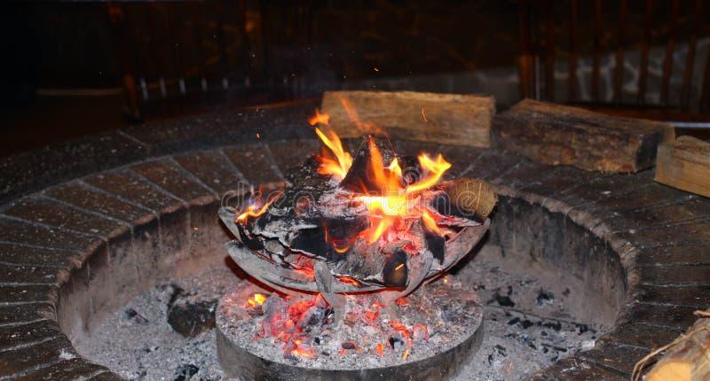 Estufa del carbón de leña fotografía de archivo libre de regalías