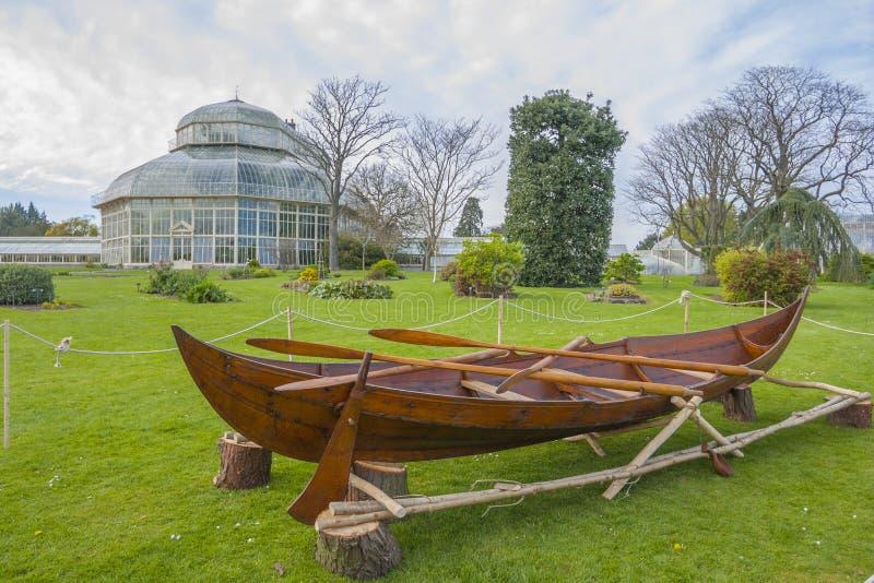 Estufa nos jardins botânicos nacionais foto de stock royalty free