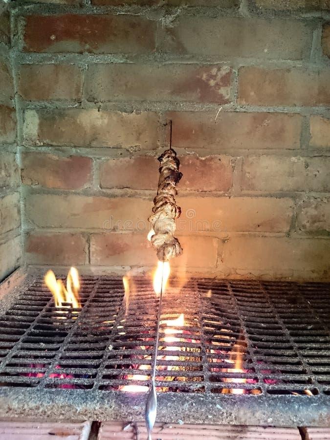 Estufas con un kebab fotografía de archivo libre de regalías