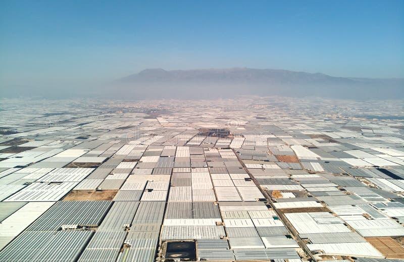 Estufas da vista aérea no Almerimar, Espanha imagem de stock