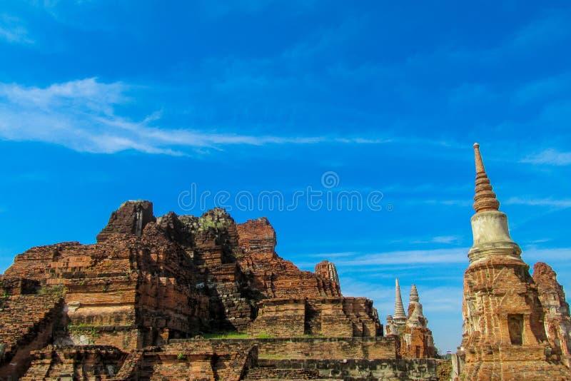 Estupa del antiguo parque histórico de Auttaya en Tailandia foto de archivo