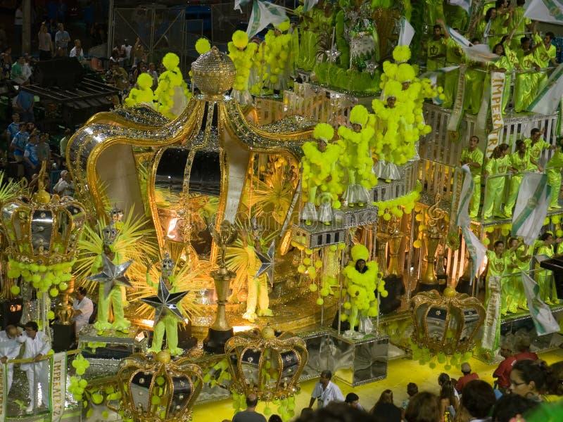 Esverdeie o flutuador, carnaval de Rio, 2008. foto de stock royalty free
